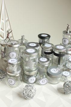 diy-avent-advent-calendrier-calendar-brico-tuto-jar-bocal-bocaux-peinture-paillettes-recup-recyclage-verre-facile-pas-cher-gratuit-idee-noel-vacances-enfant-kid (8)