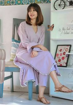 Party Wear Indian Dresses, Pakistani Fashion Party Wear, Indian Fashion Dresses, Indian Designer Outfits, Girls Fashion Clothes, Designer Dresses, Fashion Outfits, Girls Dresses Sewing, Stylish Dresses For Girls