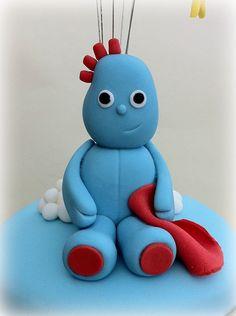 Fondant Iggle Piggle..... Fondant Toppers, Cupcake Toppers, Cupcake Cakes, Cupcakes, Cake Topper Tutorial, Fondant Tutorial, Lily Cake, 2 Birthday Cake, Garden Cakes