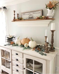 Fall mantle styling guide by the dotted bow how to decorate the perfect rustic c. - Fall mantle styling guide by the dotted bow how to decorate the perfect rustic country farmhouse fa - Fall Mantle Decor, Fall Home Decor, Autumn Home, Diy Home Decor, Fall Decorations, Country Farmhouse, Country Decor, Farmhouse Decor, Amish Country