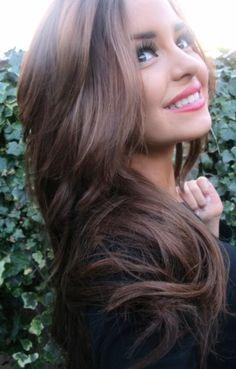 warm brown hair + pink lips.