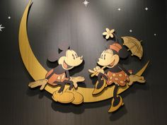 Mickey & Minnie riding on the moon (@Disney Store in NYC)