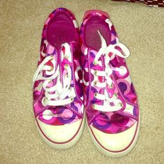 Coach tennis shoes Size 8.5. Worn but still in good condition. No trades. Thanks :) Coach Shoes Athletic Shoes