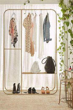 In beeld: Jaloersmakende kleerkasten