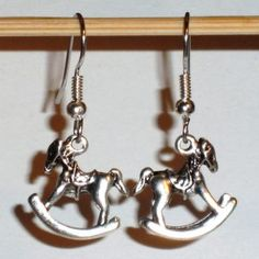 Ohrringe Schaukelpferd 3D Edelstahl Ohrhänger Metall Legierung Modeschmuck Damen Neuware