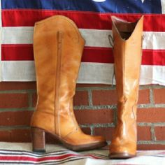 "Vintage Stacked Heel Hippie Boho Boots Gorgeous stacked heel tan camel leather boots circa 1970s - partial zip -nice sturdy block heel no makers mark. I wish they fit me. I tried to make it work (w 3 pairs of socks lol)  Pretty sure these are women's size 11 - probably best 10.5 - 11 heel height: 3"" shaft height: appx 14.5"" sole width widest point (ext) 3.5"" interior sole toe to heel meas (app10.5"")  condition: small scuffs & scratches, interiors are clean, heels & exterior soles show minor…"