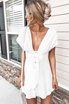 Do you already have a white dress in your wardrobe? It is time to add some because white dresses are classy and can be worn to any event, depending on their design, of course. Plus, it is not difficult to match other elements of your image with white. See our gallery for inspo.#whitedress #summerdress #dress #outfitidea