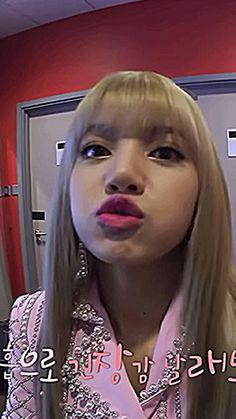 Asian Short Hair, Kpop Girl Bands, Black Pink Dance Practice, Lisa Blackpink Wallpaper, Jungkook Abs, Rose Icon, Blackpink Video, Black Pink Kpop, Korean Bands