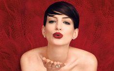 IL COSMETICO PIù AMATO DALLE DONNE: IL ROSSETTO E LE SUE ORIGINI. Oggi parliamo di un cosmetico molto conosciuto quello che tutte le donne amano rosso viola nude. make up beauty lipstick rossetto
