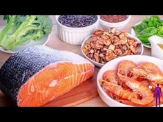 omega 3 fatty acids play a vital role in brain function and also normal development. There are numerous significant Omega 3 Fatty Acids Benefits for Health. Cholesterol Levels, Glucose Levels, Omega 3 Foods, Diet Ketogenik, Fatty Fish, Folic Acid, Fett, Healthy Living, Health Products