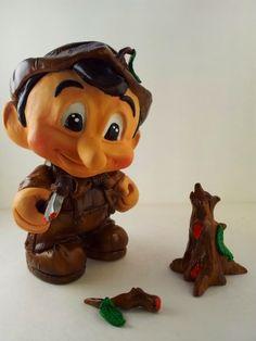 "#ArtToy Exhibition ""The Truth of Pinocchio"" organized by #ARTtoyGAMA Collective ... #CustomToy #designertoy by LEE SIERRA #DaBoss Custom Art Creations  #PINOCCHIO PINOCCHIO'S RESENTMENT #contemporaryArt #GKOGallery (Tolosa, Basque Country, Spain) #ArtToyUSA #ArtToyPhotography #LEESierra #ArtToyGallery #toyshow #sculpt #vinyltoy #designertoy"