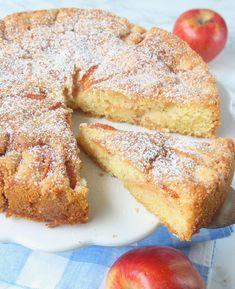 Lyxig äppelkaka Baking Recipes, Cake Recipes, Baking School, Swedish Recipes, Food Shows, Everyday Food, No Bake Cake, Love Food, Sweet Tooth