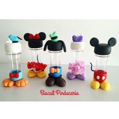 Mini Tubetes Disney Corpinho, porta doces, com adesivo personalizado. Confeccionados artesanalmente, com carinho e sob encomenda.