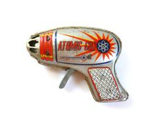 Mid Century Tin Metal ATOMIC GUN Toy Space Laser Ray Gun JAPAN