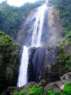 Waterfall Sigura-gura North Sumatra