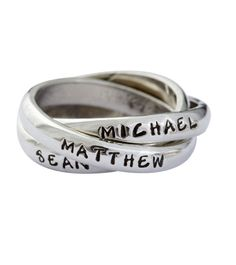 Design your ring with three names, dates or words...be creative!
