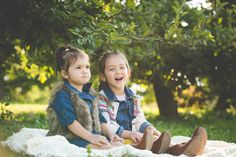 Child Photography | Sisters - Best Friends | Melissa Lucci Photography | Pittsburgh, PA Child and Family Photographer