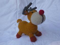 Sven le petit renne au nez rouge par COUCOUMAINS sur Etsy
