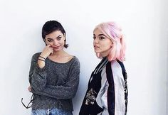 Nia and Rena Lovelis from hey violet