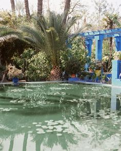 There are three reasons you could be reading this article. 1: You do not yet have a pool, but wish to build one. 2: You already have a pool, and wish to compare your pool to the pools in these photos. 3. You have no pool, but enjoy torturing yourself by looking at pictures of other people's pools
