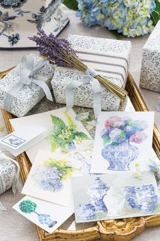 Victoria Magazine, Blue Rooms, White Houses, Paper Goods, Gift Guide, Favorite Color, Gifts For Her, Gift Wrapping, Blue And White