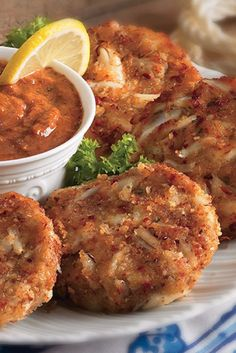 Dish up this New Orleans Crab Cakes recipe for a mouthwatering seafood dinner. Zatarain's Crab Cake Mix makes 'em finger-lickin' delicious. (Seafood Recipes New Orleans) Creole Recipes, Cajun Recipes, Seafood Recipes, Appetizer Recipes, Cooking Recipes, Appetizers, Haitian Recipes, New Orleans Crab Cakes Recipe, New Orleans Recipes