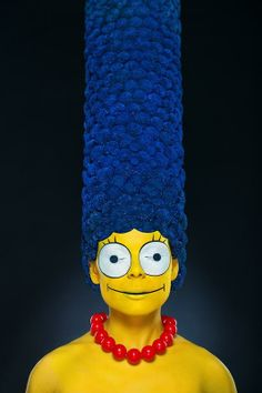 No, This Is Not Photoshop. A Makeup Artist Created Marge Simpson on a Real Person - Photographer Alexander Khokhlov and Makeup Artist Veronica Ershova Costume Halloween, Halloween Makeup, Halloween Fashion, Creepy Halloween, Halloween 2018, Halloween Town, Halloween Stuff, Harry Potter Disney, Patty Y Selma