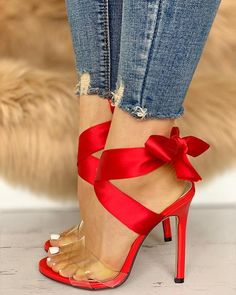 Red Shoes, Cute Shoes, Me Too Shoes, Women's Shoes, Shoes Style, Shoes With Red Soles, Red High Heel Shoes, Bass Shoes, Satin Shoes