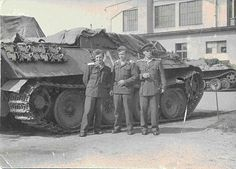 German Bergepanther and crew.
