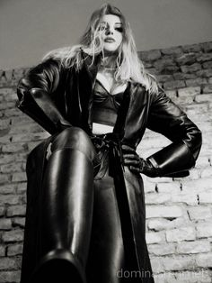 Domina Sreni   #leather  #domina #herrin  #ama  #lady  #leder #madame  #domme