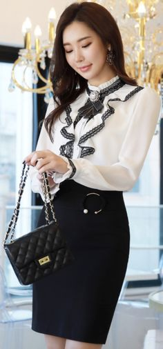 StyleOnme_Pearl Accent Ring Decoration Pencil Skirt #black #skirt #feminine #koreanfashion #kstyle #kfashion #springtrend #seoul #dailylook