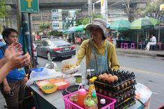 Comida cellejera en Bangkok #Tailandia.Conoce las 06 cosas que he aprendido viviendo un año en #Asia. #colores #Colors #Blog #Travellog #BlogdeViajes
