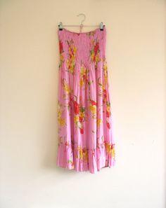 Vintage pink floral dress. Tropical Boho dress. by SwanDiveVintage, $36.00