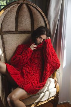 The Cozy Girl's Guide to Stylish Fashion snug life Knitwear Fashion, Knit Fashion, Red Fashion, Look Fashion, Winter Fashion, Fashion Ideas, Fashion Outfits, Fashion Design, Fashion Trends