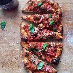 Perfect pizza for today's lunch! Courtesy of @Thirdness! #BESTBITE #bestbitephilly #philly #harrisburg #hbg #phillyeats #phillyfood #philadelphia #foodpic #pizza #photooftheday #food #hungry #getinmybelly