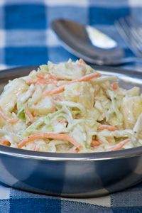 INA PAARMAN - COLESLAW Healthy Coleslaw Recipes, Healthy Salads, Salad Recipes, South African Recipes, Ethnic Recipes, Real Food Recipes, Cooking Recipes, Dinner Club, Lunches And Dinners
