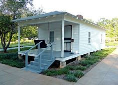 The heat-beating benefits of the shotgun house.