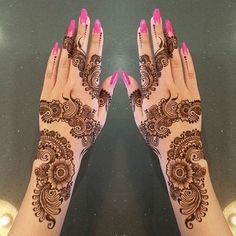 Easy & Simple Eid Mehndi Designs 2018 for Hands with Images – Fashion Cluba Mehandi Design For Hand, Simple Arabic Mehndi Designs, Indian Mehndi Designs, Bridal Henna Designs, Beautiful Henna Designs, Latest Mehndi Designs, Simple Mehndi Designs, Mehandi Designs, Hena Designs