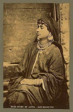 #Palestine - Jaffa Woman, 1889