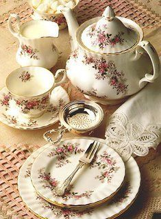 Lovely tea party Royal Albert China - Tea Set - Ideas of Tea Set - Lovely tea party Royal Albert China Tea Cup Saucer, Tea Cups, Café Chocolate, Tea And Books, Teapots And Cups, Best Tea, My Cup Of Tea, Tea Service, High Tea
