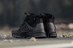 Nike Air Presto Utility Mid 'Black/Dark Grey' - EU Kicks Sneaker Magazine