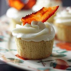The Bacon and Beer Cupcake Recipe is a Tempting Treat #desserts