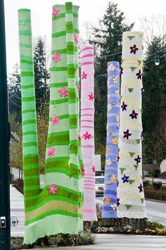 Yarnbombing trees in Seattle