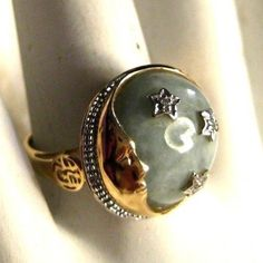 How cool is this moon and stars ring with jade?!!  Ladies 14K Yellow Gold Jade Ring with Moon Stars Chinese Symbols Size 6 #jade #goldring #ring #gold #jewelry