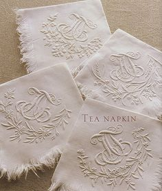 Beautiful embroidery on napkins Embroidery Monogram, White Embroidery, Embroidery Patterns, Hand Embroidery, Machine Embroidery, Embroidery Fonts, Linens And Lace, Chenille, Monogram Fonts