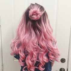 50 Pretty Pastel Pink Hair Color As The Inspiration To Try Pink Hair Cute Hair Colors, Pretty Hair Color, Hair Dye Colors, Ombre Hair Color, Dyed Hair Ombre, Pastel Pink Hair, Pink Wig, Hot Pink Hair, Pink Hair Dye
