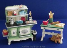 2012 Hallmark Ornament Mrs Claus's Stove and Kitchen Table | eBay -- Too bad I didn't see these in 2012. Wonder if the series has continued in 2014?