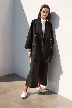 Y's Fall 2017 Ready-to-Wear Collection Photos - Vogue