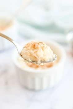 When you're craving the warm, creamy taste of your childhood, look no further than this classic Stovetop Rice Pudding. It's a simple, no-fuss recipe your entire family will gobble up in no time. #rice #pudding #dessert #ricepudding #stovetop #noeggs #creamyricepudding #cinnamon #raisins #vanilla #classic #recipe #numstheword Stovetop Rice Pudding, Homemade Rice Pudding, Rice Pudding Recipes, Creamy Rice Pudding, Rice Puddings, Jello Pudding Desserts, Dessert Recipes, Healthy Baking Substitutes, Vanilla Rice