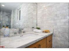 great bathroom look